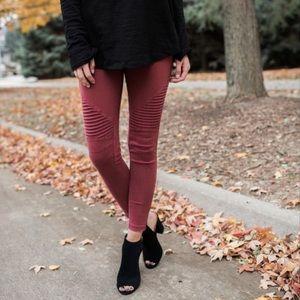 Pants - Mauve Ankle Zip Motto Leggings